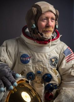 SpaceFlight Insider interviews Ryan Nagata who makes some of the most accurate replica spacesuits that have appeared in feature films, TV, adverts, etc. National Space Society, Project Alpha, Astronaut Suit, Bubble Boy, Apollo Program, Aluminum Uses, Film School, Space Travel, Funny Love