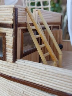 Boat Crafts, Diy And Crafts, Diy Popsicle Stick Crafts, Model Ship Building, Buddha Wall Art, Tug Boats, Model Ships, Fairy Houses, Sailing Ships
