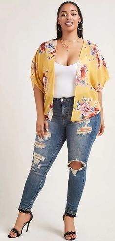 Plus Size Floral Cardigan