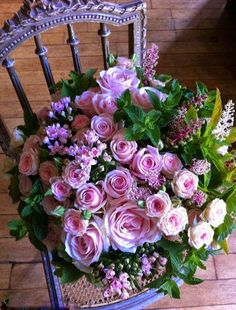 gorgeous pink rose bouquet on a violet chair. My Flower, Pretty Flowers, Fresh Flowers, Deco Floral, Arte Floral, Rosa Rose, Coming Up Roses, Beautiful Roses, Simply Beautiful