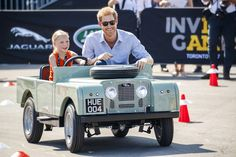 Prince Harry Drives Five Year Old Daimy Gommers Daughter Dutch Invictus Games Toronto 2017 Competitor Paul Gommers Jaguar Land Rover Driving Challenge Land Rover Defender, Land Rover Serie 1, Defender 110, Jeep Wrangler Unlimited, Ford Raptor, K5 Blazer, Bugatti Veyron, Ferrari 458, Toyota Land Cruiser
