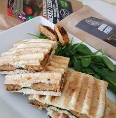 Ch. Cs. melegszendvics Quinoa, Sandwiches, Paleo, Bread, Food, Brot, Essen, Beach Wrap, Baking