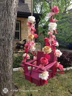 DIY inspiration: Flowery Baby Swing