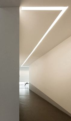 Lighting 094 system | Design Mario Nanni Corridor ltg option