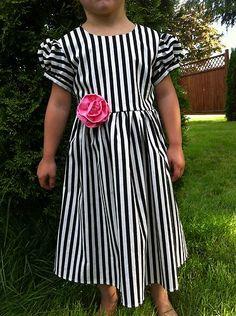 GIRLS BLACK & WHITE STRIPED PINK ROSE BOUTIQUE DRESS SZ. 2,3,4,5,6,7,8 -*hgt*