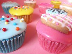 Postreadicción galletas decoradas, cupcakes y pops: Cupcakes glaseados
