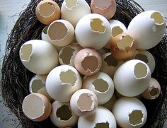 easter crafts DIY Confetti eggs for annual egg hunt and egg cracking over the heads