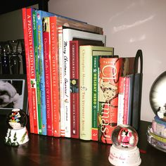 Every #home needs a #ChristmasBook #collection displayed at this time of year. #JoyToTheWorld #ILoveThisTimeOfYear #ChristmasMakesMeHappy #Christmas #Tree #HappyHolidays #MerryChristmas #HomeDecor #Books #SimplePleasures #HappinessIsAChoice