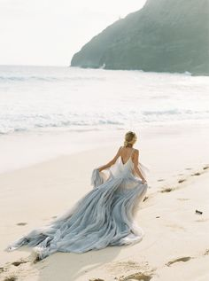 Beach Wedding Photos Majestic Sunrise Bridal Session on the Hawaiian Coast by Inga Vedyan Bridal Photoshoot, Bridal Session, Bridal Shoot, Wedding Shoot, Wedding Dresses, Pre Debut Photoshoot, Wedding Ring, Seaside Wedding, Blue Wedding