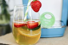 detox tea        1 green tea bag or Keruig cup     1 slice lemon     1 tsp honey or Stevia     2 strawberries, sliced     2 slices cucumber