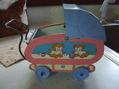 Vintage-small-doll-buggy-very-cute-7-front-to-back-handle-tin-Ohio-Art-Co