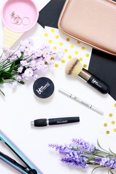 NEW IN // Trying IT Cosmetics Make-up