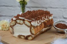rozpływa się w ustach Sweets Cake, Cookie Desserts, Swiss Roll Cakes, Poland Food, Polish Recipes, Middle Eastern Recipes, Turkish Recipes, Cake Recipes, Food And Drink