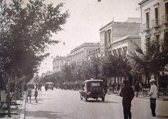 El paseo de Almería y el Hotel Simón en los años veinte.