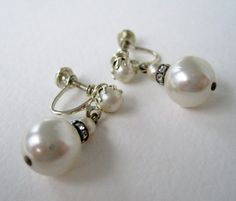 Vintage 60s Traditional Preppy Pale Goldtone Faux Pearl Rhinestone Dangle Earrings by ThePaisleyUnicorn, $3.00