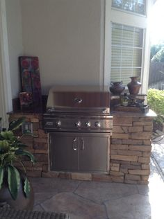 1000 images about small space outdoor kitchens on for Small space outdoor kitchen
