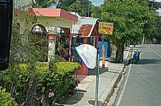 Teléfono Publico en Estero Hondo, República Dominicana.
