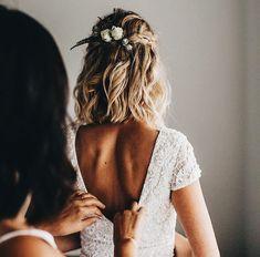 boho wedding hair 36 Best Wedding Hairstyles Ideas F. - boho wedding hair 36 Best Wedding Hairstyles Ideas For Medium Hair - Romantic Wedding Hair, Wedding Hair And Makeup, Dream Wedding, Medium Hair Wedding Styles, Luxury Wedding, Wedding App, Boho Wedding Hair, Wedding Rings, Casual Wedding