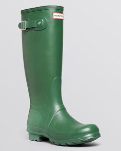 Hunter Rain Boots - Original Tall   Bloomingdale's -Hunter green color, 9