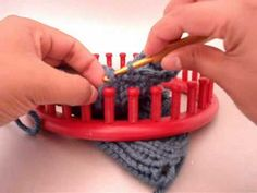 Binding off on a loom: Single Crochet