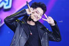 Zitao Huang Zi Tao, Baekyeol, Favorite Person, Singer, Actors, Panda, Boys, Awesome, Life