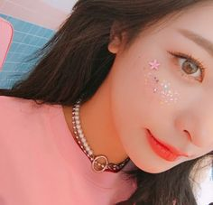 ~•°❁ pinterest: iridescentkoi & ig: iridescent_koi ❁°•~ Kawaii Makeup, Cute Makeup, Pretty Makeup, Beauty Makeup, Makeup Looks, Korean Makeup, Korean Beauty, Asian Beauty, Asian Make Up