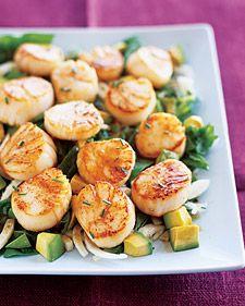 seared sea scallops with pomegranate-dressed salad
