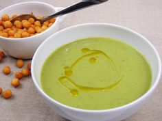 Krémová polévka ze zeleného hrášku Easy Dinner Recipes, Food And Drink, Vegan, Cooking, Ethnic Recipes, Soups, Easy Dinner Recipies, Kitchen, Cuisine