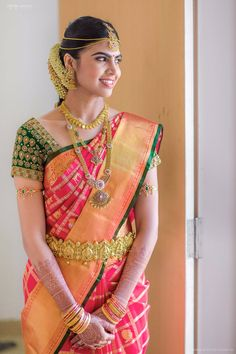 ideas south indian bridal saree blouse red silk for 2019 South Indian Wedding Saree, Indian Bridal Sarees, Bridal Silk Saree, Indian Bridal Fashion, South Indian Sarees, South Indian Weddings, Bridal Blouse Designs, Saree Blouse Designs, Blouse Patterns
