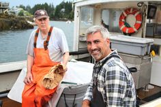 Taylor Hicks gets a heaping helping of American cuisine as host of a new TV show, 'State Plate' http://www.al.com/entertainment/index.ssf/2016/10/taylor_hicks_state_plate_food.html#incart_river_home