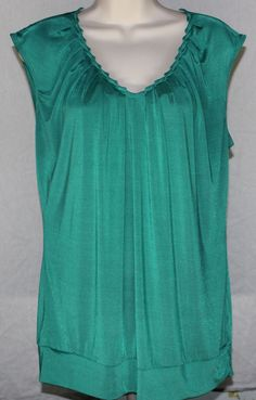 The Limited Large Sleeveless Green Banded Bottom Gathered V Neck Blouse Top ‪#‎thelimited‬ ‪#‎sleeveless‬ ‪#‎green‬ ‪#‎banded‬ ‪#‎gathered‬ ‪#‎vneck‬ ‪#‎blouse‬ ‪#‎top‬ ‪#‎summer‬ ‪#‎beach‬