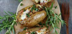 Młode ziemniaki nadziewane porem i szynką - main