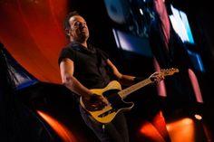 Veja algumas canções inesperadas que Bruce Springsteen já tocou ao vivo #Band, #Banda, #Brasil, #Cantor, #Ensaio, #Flashback, #HarleyDavidson, #Hit, #INXS, #M, #Música, #Noticias, #Nova, #QUem, #Rock, #RockInRio, #SãoPaulo, #Show, #Vídeo, #Youtube http://popzone.tv/2017/01/veja-algumas-cancoes-inesperadas-que-bruce-springsteen-ja-tocou-ao-vivo.html