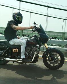 @derrick_paras . . . . . . . #HarleyDavidson #Harley #HD #LiveYourLegend #RollYourOwn #Lowrider #HDLowrider #Wa #UpperLeftUSA #Washington #Pnw #Motorcycle #Motorcycles #Harley #Dyna #Fxdb #Fxd #Fxdl #DynaLowrider #Lowrider #FreedomIsAFullTank #LifeBehindBars #Forevertwowheels #FTW #Iphonephotography #Iphone7plus #Iphoneography #instadaily #YogaPants #LongGoneOriginals