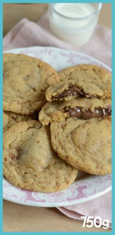 Cookies filled with spread - Trend Noodle Side Dish Recipes 2019 Christmas Sugar Cookie Recipe, Sugar Cookie Recipe Easy, Easy Cupcake Recipes, Cake Mix Cookie Recipes, Homemade Cookies, Cake Mixes, Christmas Cookies, Cookies Fourrés, Cookies Et Biscuits