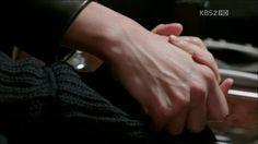 손잡는게 이렇게 설레이고 아름답고 가슴 아플 줄 몰랐다 by 세아♪