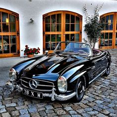 Pictures Of Luxury — Pictures Of Luxury Classy Cars, Sexy Cars, Fancy Cars, Cool Cars, Carros Vintage, Old Vintage Cars, Vintage Auto, Mercedes Benz 300, Pretty Cars