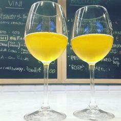 Malvasia di Candia Camillo Donati . . . . #wine #winelover #winelovers #winetasting #wineglass #winenight #malvasia #vino #vino #vino #winepairing #wineporn #winendine #winetime #winestagram #winegram #wineglasses #friends #girlz #couple #couplegoals