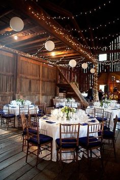 wedding reception rustic venue wedding in Virginia / http://www.himisspuff.com/rustic-indoor-barn-wedding-reception-ideas/2/