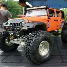 Axial SCX10 1/10 RC Rock Racer • The RC4WD Canadian Scale Series next weekend.