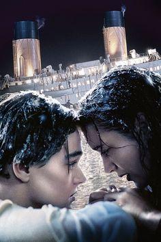 Titanic Sad Movies, Great Movies, Titanic Movie Poster, Titanic Kate Winslet, Titanic Quotes, Leo And Kate, Young Leonardo Dicaprio, Bon Film, Image Film