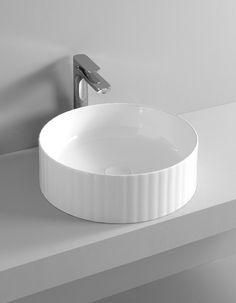 MILLERIGHE design Meneghello Paolelli Associati. The.Artceram countertop washbasin / Lavabo di appoggio.
