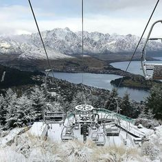 Winter July 2017 Queenstown views after the cloud lifted briefly yesterday, and it's still snowing! Image @theaustraliantourist #queenstownlive