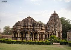 India - Architecture and Nature Indian Temple, Hindu Temple, India Architecture, Temples, Corner, Asian, Amazing, Nature, Pictures