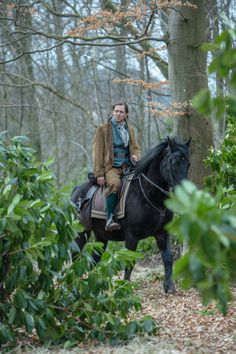 """Did everyone recover from STARZ series Outlander season 4 episode No? Well, hopefully some of episode 9 """"The Birds & The Bees"""" will make up for the Claire Fraser, Jamie Fraser, Outlander Casting, Outlander Tv Series, Starz Series, Outlander Novel, Book Series, Richard Rankin, Drums Of Autumn"""