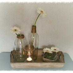 Glas, hout, touw & bloemen. Simpeler kan niet toch? ♡  Www.relivingthepast.wix.com/relivingthepast