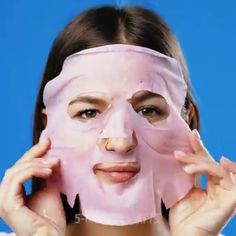 Your skin is the first thing that people notice about you and that is why a proper skin care regimen is so important. Beauty Care, Beauty Skin, Beauty Hacks, Hair Beauty, Love Handles, Skin Care Regimen, Skin Care Tips, Beauty Tips For Girls, Skin Care Remedies