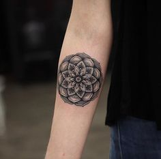 Mandala tattoo designs fall into the category of spiritual tattoos as they have deeper spiritual meaning, which make them very different from the rest Mandala Tattoo Design, Mandala Tattoo Meaning, Lotus Mandala Tattoo, Tattoos Mandala, Floral Tattoo Design, Triangle Tattoos, Tattoo Designs And Meanings, Small Tattoo Designs, Tattoos With Meaning