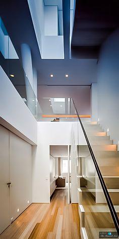 Triplex na Urca / Arthur Casas Contemporary Interior Design, Modern Interior, Studio Arthur Casas, Architecture Design, Stairs, Architectural Photography, Staircases, 1, Houses