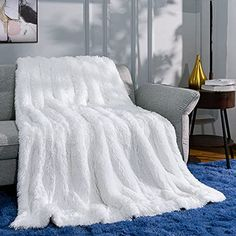 Ruihoo White Faux Fur Throw Blanket, Cozy Fluffy Fuzzy Blankets for Couch Bed, Lightweight Plush Fleece Blankets and ...